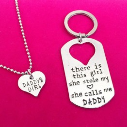 Daddy Father Daughter Necklace Girl Pendant Key Chain Dad Love Heart Necklace family Jewelry Birthday Christmas New Year Gift For Daughter And Dad
