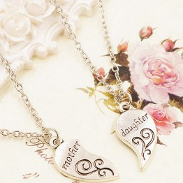 Fashion 2 Piece Silver Plated Mother Daughter Necklace Silver Heart Love Mom Necklaces & Pendants
